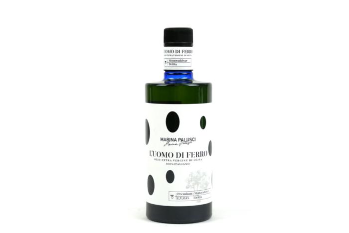 Włoska oliwa Marina Palusci Luomo Di Ferro